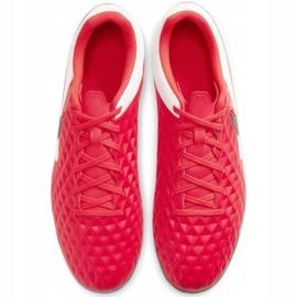 Buty piłkarskie Nike Tiempo Legend 8 Club FG/MG M AT6107-606 czerwone czerwone 1