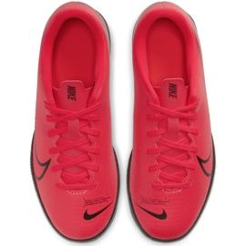 Buty halowe Nike Mercurial Vapor 13 Club Ic Jr AT8169-606 czerwone czerwony 1