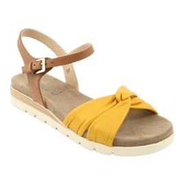 Caprice sandały skórzane beżowe/lemon brązowe żółte 1