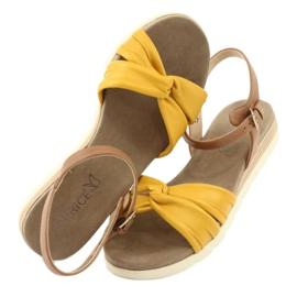 Caprice sandały skórzane beżowe/lemon brązowe żółte 4