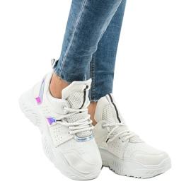 Białe sneakersy sportowe K-505 1