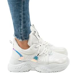 Białe sneakersy sportowe K-505 2