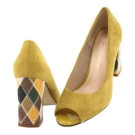 Czółenka zamszowe Sergio Leone PB135 żółty żółte 4