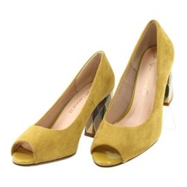 Czółenka zamszowe Sergio Leone PB135 żółty żółte 3