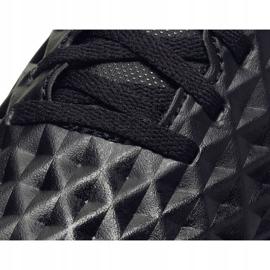 Buty piłkarskie Nike Tiempo Legend 8 Club Tf Jr AT5883-010 czarne czarne 5