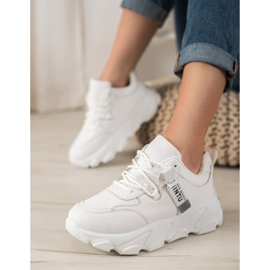 Bella Paris Sznurowane Białe Sneakersy 1