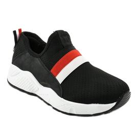 Czarne obuwie sportowe wsuwane NB256P-1 1