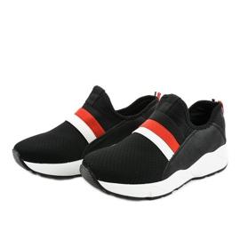 Czarne obuwie sportowe wsuwane NB256P-1 2