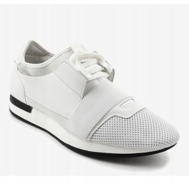 Białe obuwie sportowe męskie B18-101 1