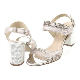 Sandały na słupku Gamis 3942 beżowy różowe srebrny 4