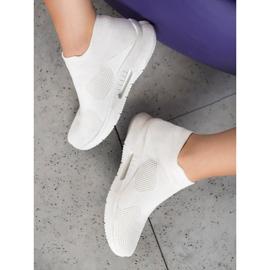 SHELOVET Tekstylne Buty Slip On białe 1