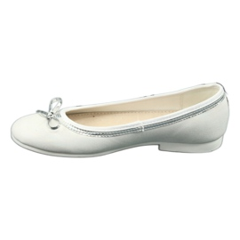 Balerinki z kokardą biała perła American Club GC29/19 białe wielokolorowe 1