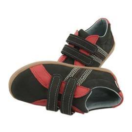 Buty chłopięce na rzepy Mazurek 1235 czarne czerwone 6