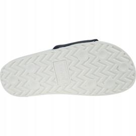 Levis Klapki Levi's Batwing Slide Sandal 228998-756-51 czarne 3