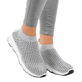 Szare obuwie sportowe zdobione cyrkoniami LG27 1