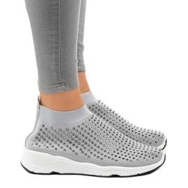 Szare obuwie sportowe zdobione cyrkoniami LG27 2