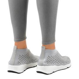 Szare obuwie sportowe zdobione cyrkoniami LG27 3