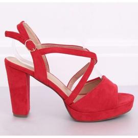 Sandałki na obcasie czerwone 9272 Rojo 1