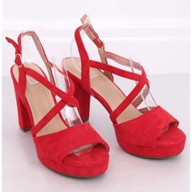 Sandałki na obcasie czerwone 9272 Rojo 2