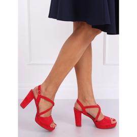 Sandałki na obcasie czerwone 9272 Rojo 4
