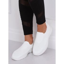 Buty sportowe białe FZ13P White 3