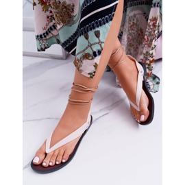 Lu Boo Beżowe Wiązane Sandały Japonki Meliski Florence beżowy 1