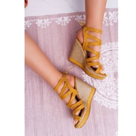 FE1 Sandały Damskie Na Koturnie Sznurek Żółte Liluena 6