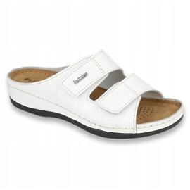 Inblu obuwie damskie klapki 158D107 białe 1