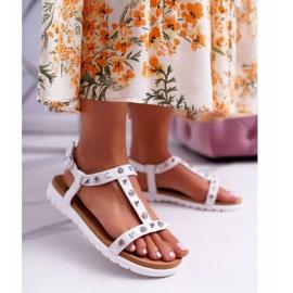 Damskie Sandały Białe Lu Boo z Ćwiekami Mariachi 1