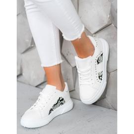 SHELOVET Modne Sneakersy Na Platformie białe 5