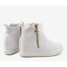 Białe sneakersy botki na koturnie A03 4