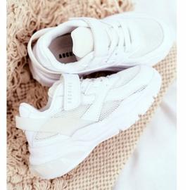 Sportowe Buty Dziecięce Białe Abckids B933204077 4