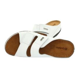 Inblu obuwie damskie klapki 158D107 białe 4
