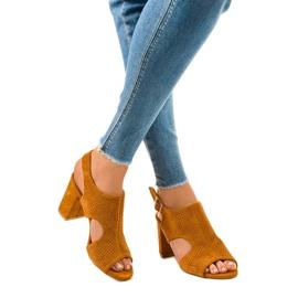 Camel sandały ażurowe z wycięciem 99-33A brązowe 2