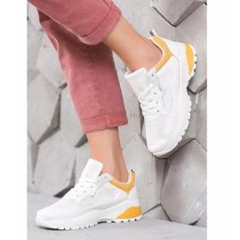 SHELOVET Sneakersy Z Jasnopomarańczowymi Wstawkami białe pomarańczowe 1
