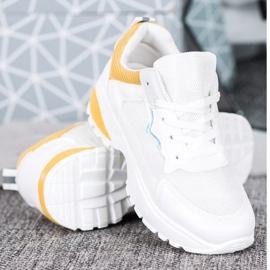 SHELOVET Sneakersy Z Jasnopomarańczowymi Wstawkami białe pomarańczowe 2