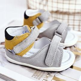 Bartek S.A. Dziecięce Sandałki Profilaktyczne Mini First Steps Bartek W-71266 szare żółte 1