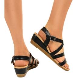 Czarne sandały na koturnie z eko-skóry S060064 3