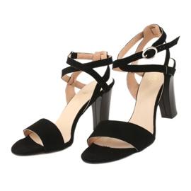 Czarne sandały na słupku Espinto S333/1 2