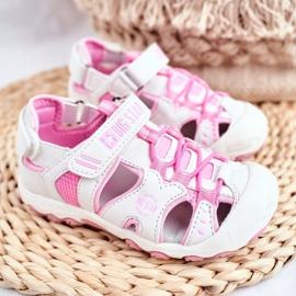Sandałki Dziecięce Big Star Na Rzepy Białe FF374207 różowe 1
