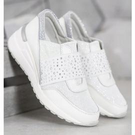 Wsuwane Sneakersy Z Kryształkami VINCEZA białe 3