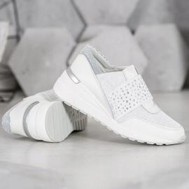 Wsuwane Sneakersy Z Kryształkami VINCEZA białe 4