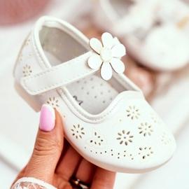 Apawwa Balerinki Dziecięce na Rzepy Kwiatuszek Białe Flored 2