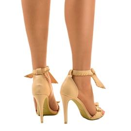 Beżowe sandały na szpilce wiązane 1226-14 beżowy 3