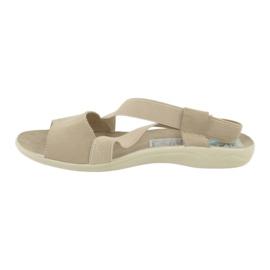 Wygodne sandały damskie Adanex 17495 beżowy 1