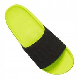 Klapki Nike Offcourt Slide M BQ4639-700 czarne 3