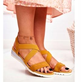PS1 Sandałki Damskie Na Koturnie Żółte Wsuwane Harper 1