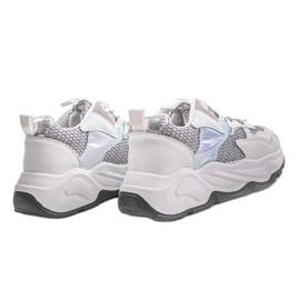 Białe sneakersy sportowe z szarymi wstawkami RAL-63 szare 1