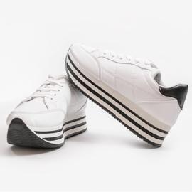 Białe modne damskie obuwie sportowe 230-3 1