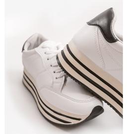 Białe modne damskie obuwie sportowe 230-3 3